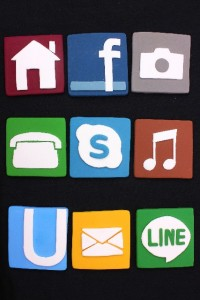 twitterやfacebookを上手く活用するための交流の仕方